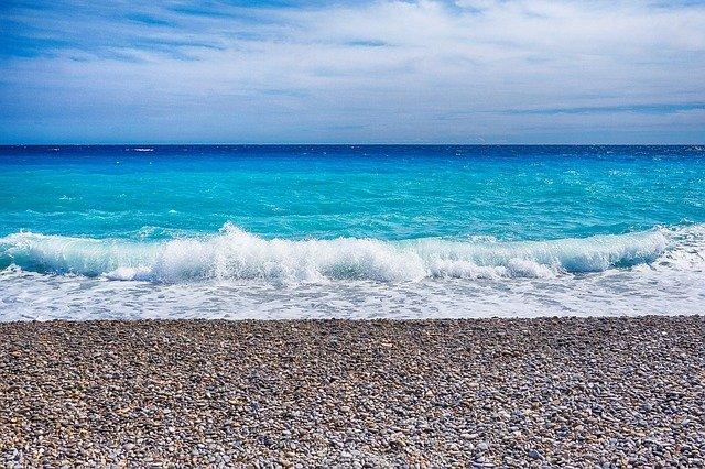 Mer de Nice, sur la Côte d'Azur.